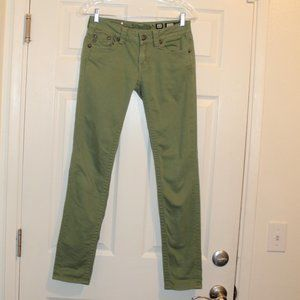 Miss Me Skinny jeans in Pine size 27